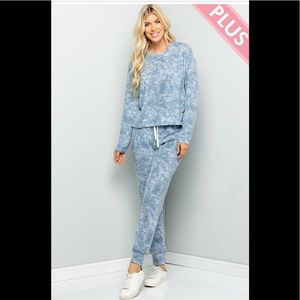 Plus Size Blue Tie Dye Pocketed Jogger Sets